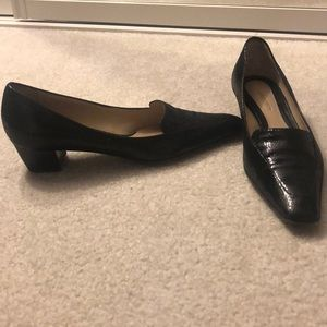 Authentic Giorgio Armani textured Loafers